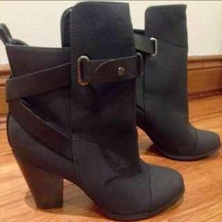 Atmos&here Boots Bnib