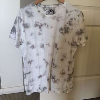 Light Acid Wash T-shirt_ Size L