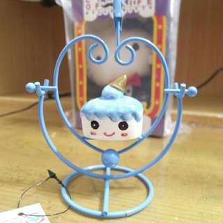 藍色愛心造型藍色小蛋糕搖擺名片夾桌飾擺飾