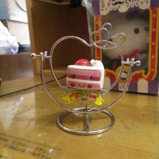 愛心造型草莓蛋糕搖擺桌飾擺飾