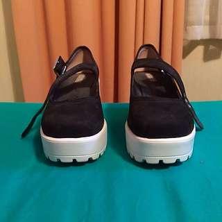 Tony Bianco ' Black And White Shoes Size 10