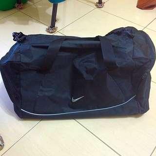 Nike旅行袋