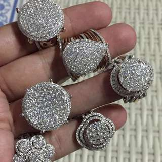 I am selling these rings. White gold with european diamonds. All with complete certificates. Please DM me if interested.