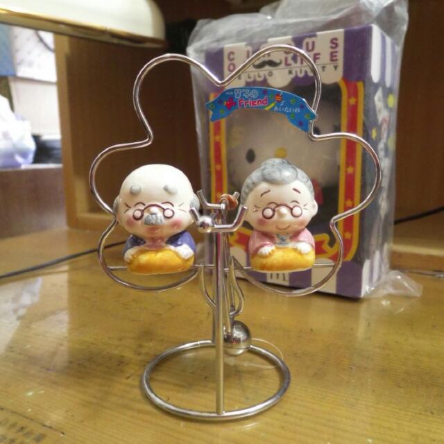 花朵造型老爺爺老奶奶情侶搖擺桌飾擺飾