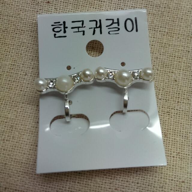 珍珠水鑽夾式耳環