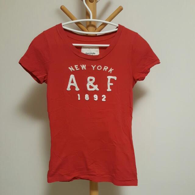 A&F 正紅色棉T