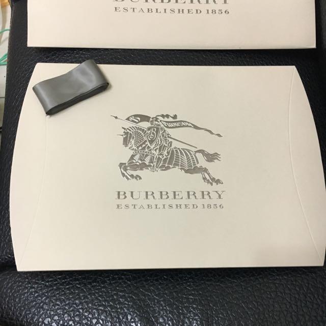 Burberry 全新禮物盒保證正品
