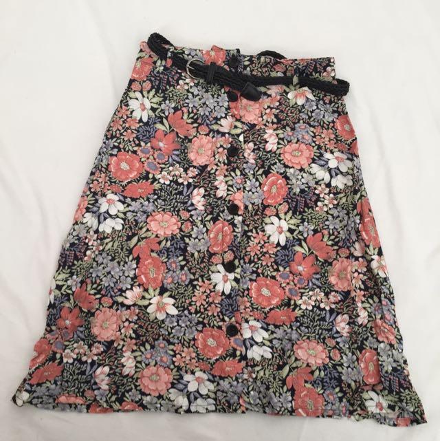 Dotti Middy Floral Skirt