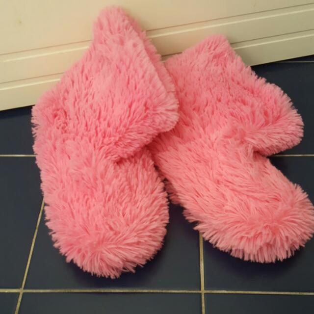 Furry Winter Home Shoes