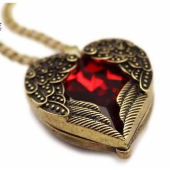Kalung Sayap malaikat dengan bandul ruby / berlian merah FAS062