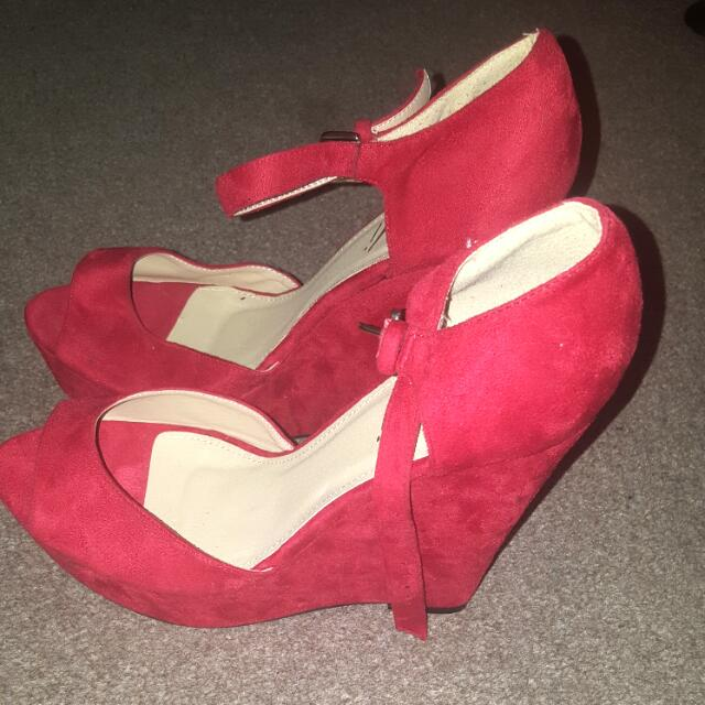Red Wedged Heels Velvet Feel