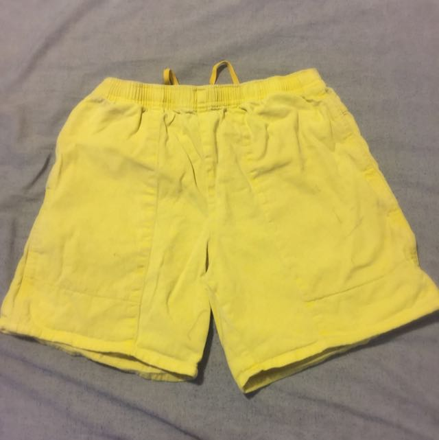 Rugged Yellow Shorts (size 77)