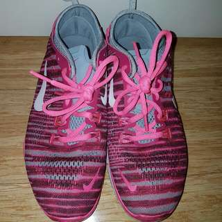 Nike Free TR FIT 4 in Pink - SOLD PENDING
