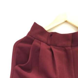 全新轉賣nude店內款紅挺版長褲