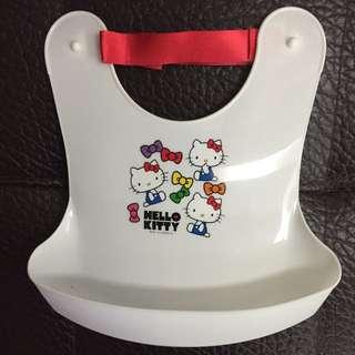 日本帶回kitty矽膠圍兜