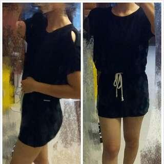 黑色露肩連身裙