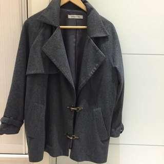轉賣dresscode造型感強烈灰外套大衣