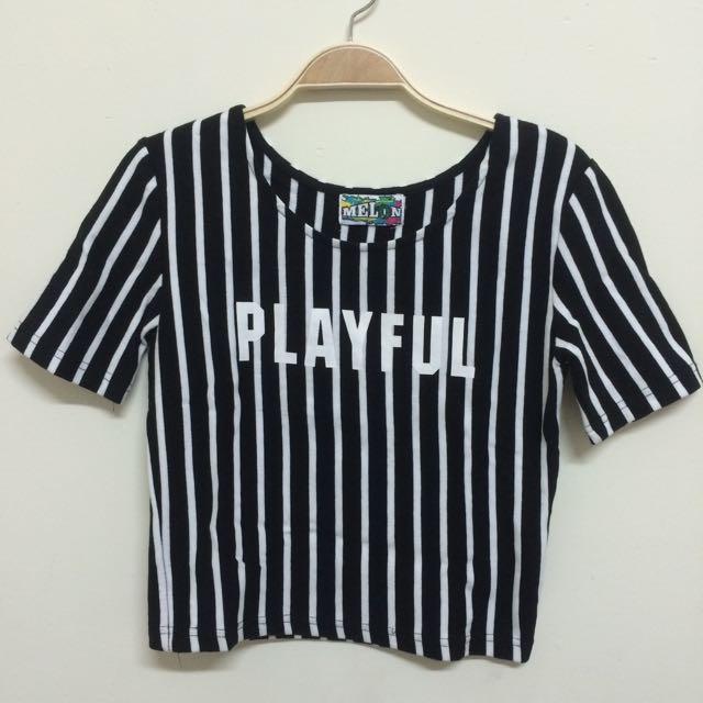 (二手)黑白直條紋短版上衣