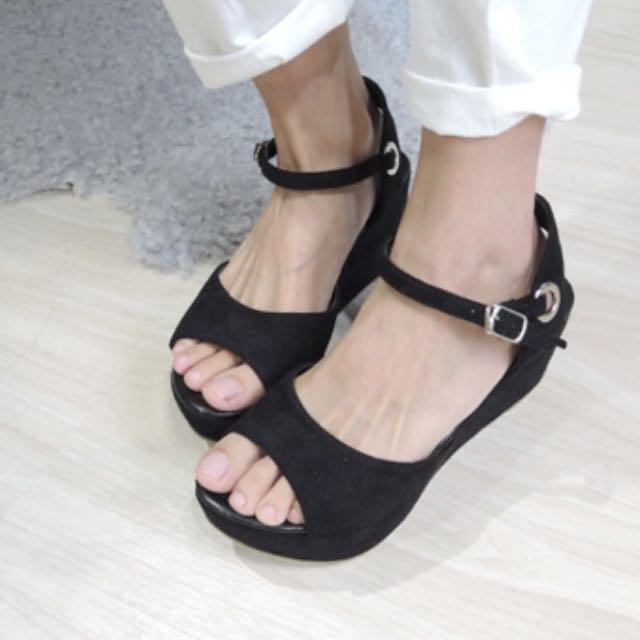 ✨免運✨絨布楔形繞踝涼鞋