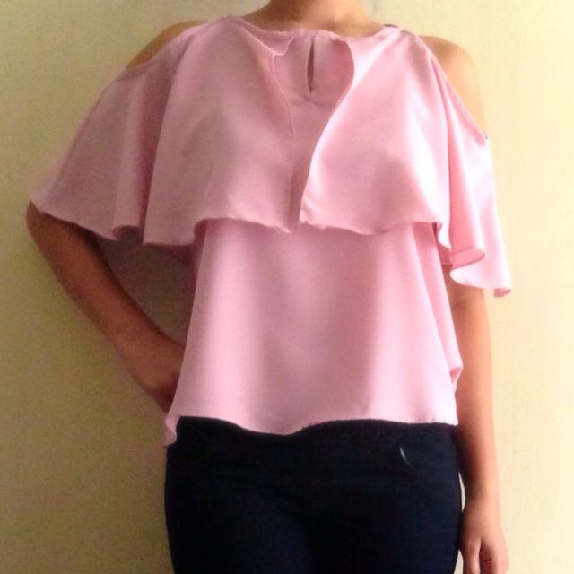 NEW! Cut Out Blouse