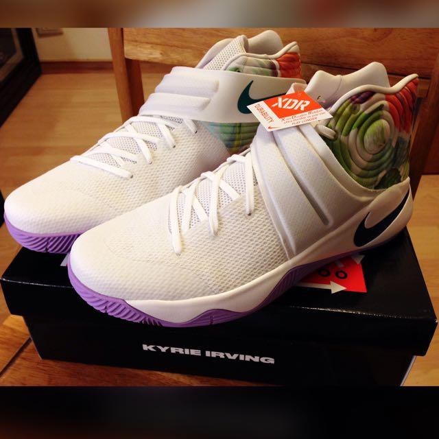 KYRIE IRVING 2 /US 13