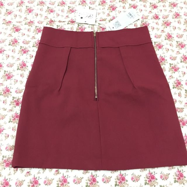 Maroon Zipper Skirt