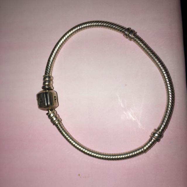 [PENDING] Pandora Bracelet