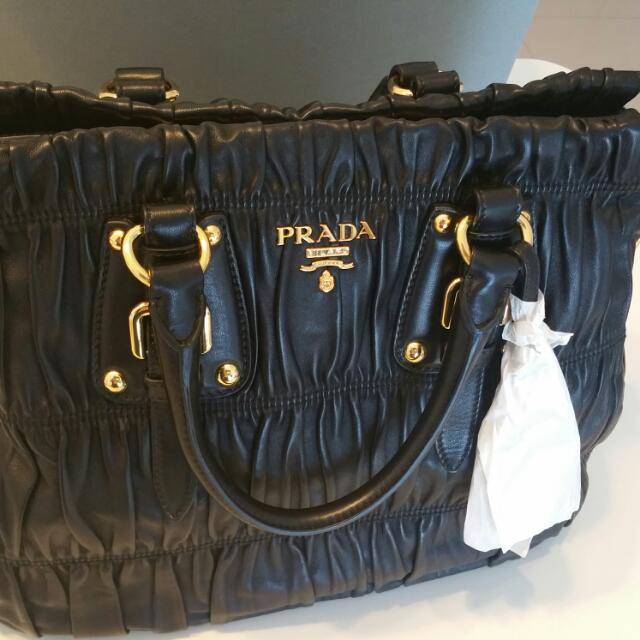 e0bb27af0d1a Prada Nappa Gaufre (100% Lambskin )price Reduction!!