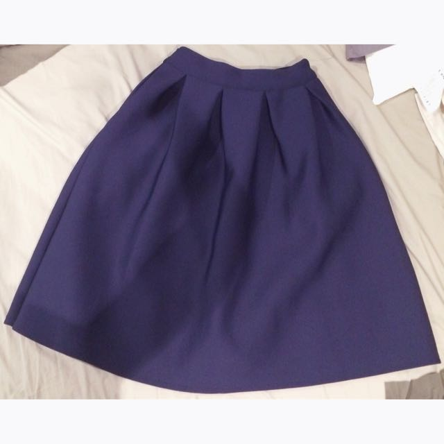 Thick Pleated Midi Flare Skirt