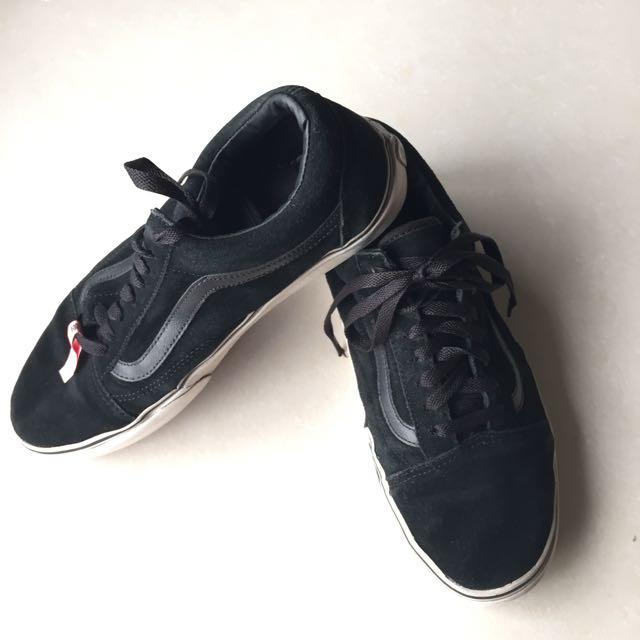 Vans男用黑色麂皮休閒鞋(USA 8.5號)