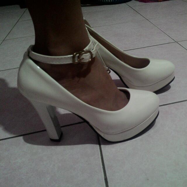 White Heel (36)