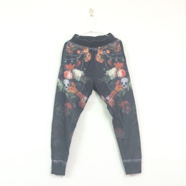 Zara Supreme Like Floral Print Joggers 束口長褲#交易最划算