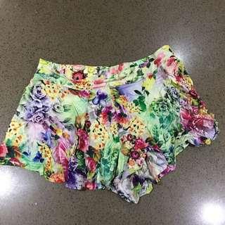 Green Flower Pattern Shorts