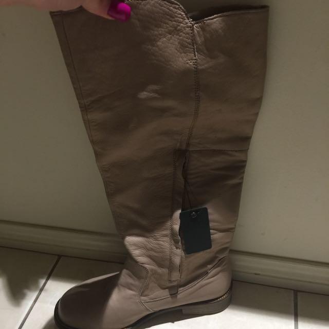 Emu Ugg Boots Brand New