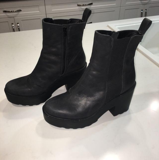 Tony Bianco Size 8 Black Leather Platform Boots