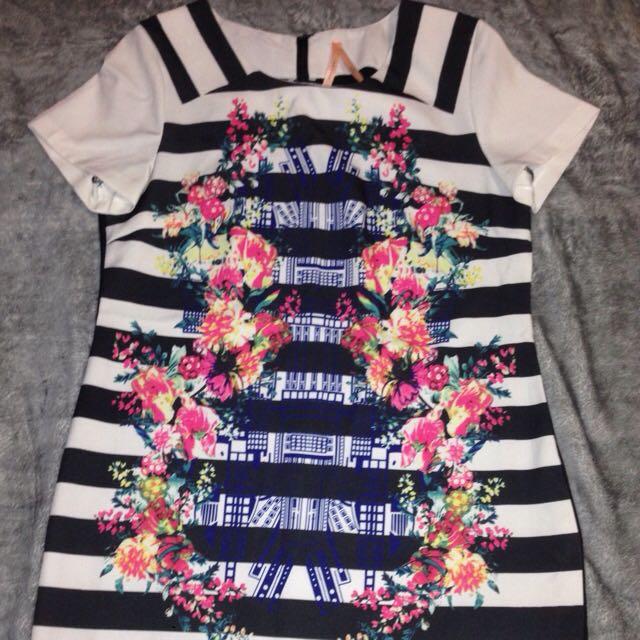 T-Shirt Dress size M