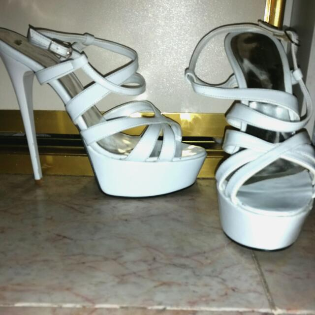 White Heels! Size 7