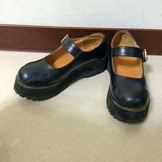復古黑色厚底鞋