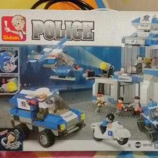 Lego in Police by SLUBAN (582 pcs)