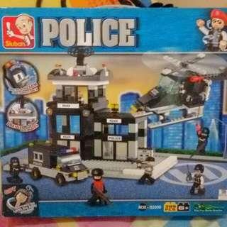 Lego in Police by SLUBAN (389 pcs)