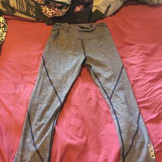 7/8 Ths Lorna Jane Leggins