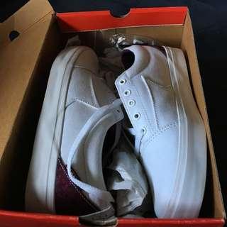 Dekline Skate Shoes | Signature Shoe