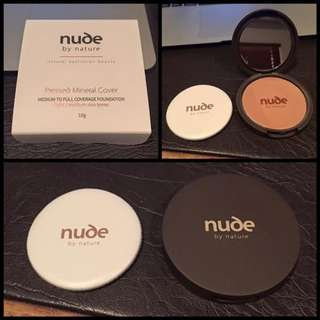 NEW - Nude by Nature - Pressed Powder (LIGHT)
