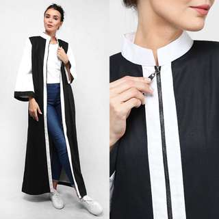 LONG CARDIGAN IN WHITE AND BLACK