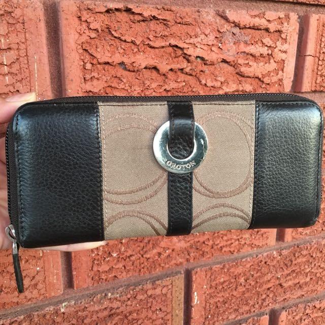 Oroton Signature Zip Around Wallet