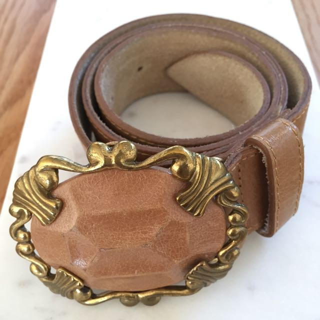 Vintage Leather Belt - Tan With Gold Buckle