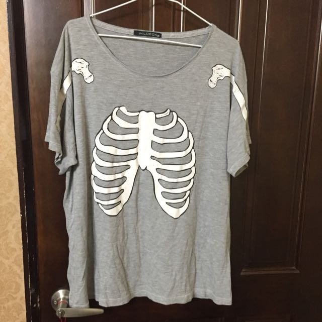Wildfox 骨頭 寬鬆 灰色短T