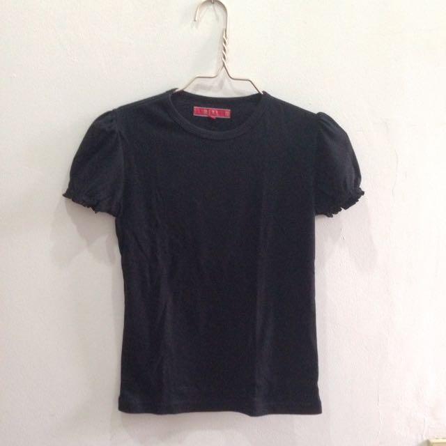 (X) S.M.L Basic T-shirt