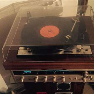 Record player And amp Complete
