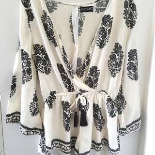 Long-sleeved Playsuit Size 8